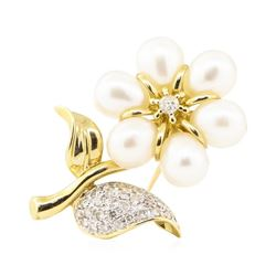 0.44 ctw Diamond and Pearl Flower Pin - 14KT Yellow Gold