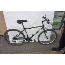 BLACK RALEIGH BIKE