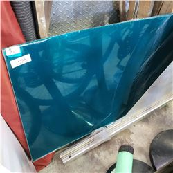 SHEETS OF GREEN LEXAN 4FT BY 2 FT