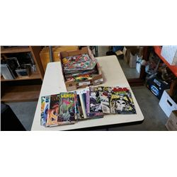 TRAY OF COLLECTIBLE COMICS