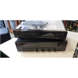 UXMAN R-114 RECEIVER AND DZ-120 CD PLAYER
