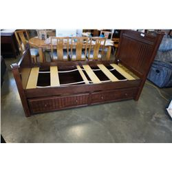 "CAFE KID ""JASON"" TRUNDLE BED"