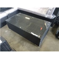 BRAND NEW STEEL FRAME WICKER OUTDOOR COFFEE TABLE RETAIL $299