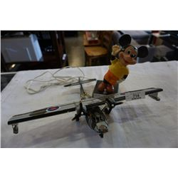 METAL MODEL AIR PLANE AND VINTAGE MICKEY MOUSE LAMP - UNTESTED