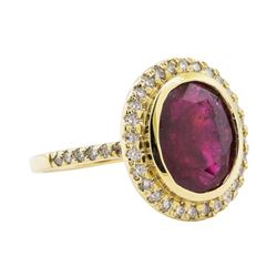 5.30 ctw Ruby and Diamond Ring - 14KT Yellow Gold