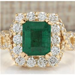 4.05 CTW Natural Emerald And Diamond Ring In 18K Yellow Gold
