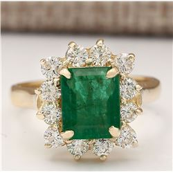 3.21 CTW Natural Emerald And Diamond Ring In 18K Yellow Gold