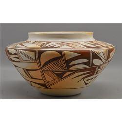 HOPI INDIAN POTTERY JAR ( GRACE NAVASIE)