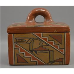 SANTA CLARA INDIAN POTTERY BOX (LELA GUTIERREZ)