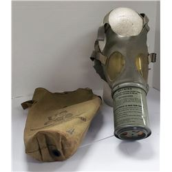 US Noncombatant Gas Mask M1A2-1-1 Child Size