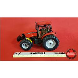 Diecast Toy : Case IH MXU125 MXU Series Collector Edition  (1:16 Scale) (note decal on one side)