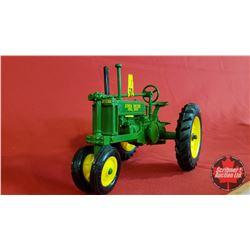 Diecast Toy : John Deere B Row Crop (1:16 Scale)