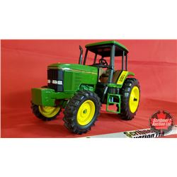Diecast Toy : John Deere 7800 Demonstrator (1:16 Scale)