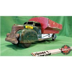 """Marx Metal Dump Truck (7""""H x 21""""L x 7""""W)"""