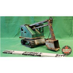 """Metal Toy Track Shovel (7""""H x 12""""L x 7""""W)"""