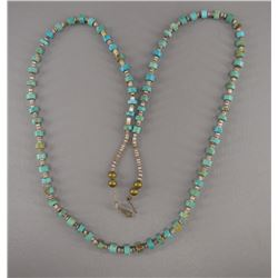 NATIVE AMERICAN NAVAJO SHELL AND TURQOUISE NECKLACE