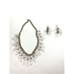 VINTAGE SILVER TONED LINKED NECKLACE WITH