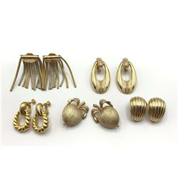4-PAIRS OF VINTAGE GOLD TONED CLIP ON EARRINGS
