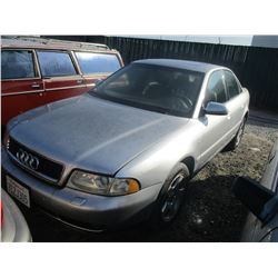 AUDI A4 2001 SALV T/DONATION