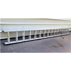 Werner Extra Heavy Duty Extension Ladder 32'/300lbs Model D1532-2