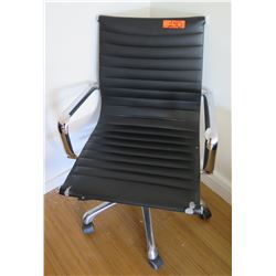 Rolling Chrome Metal Office Arm Chair w/ Ribbed Upholstery