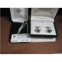 SET OF CUFFLINKS AND TIE CLIP