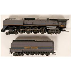 Model Train Union Pacific 4-8-4 HO Locomotive  (121048)
