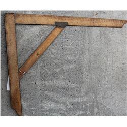 Carpenter's Square – Large Scale  (42763)