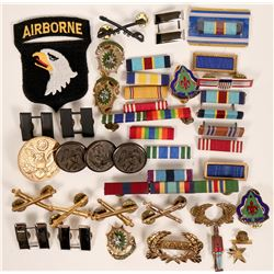 Military Awards, Decorations, Badges etc.  (118903)