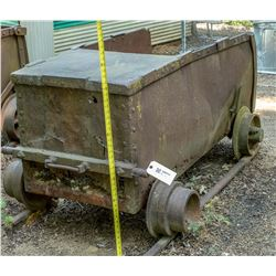 Antique Incline Ore Car with Rail  (122713)