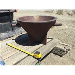 Pouring Mold from Candelaria, Nevada  (118231)