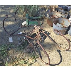Mule Pack Saddle Frames (2 each ) and Pair of Metal Equipment Hangers (121735)