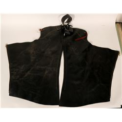 Black Leather Chaps, Rifle Scabbard, Leather Bag  (109802)