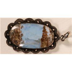 Opal pendant  (110660)