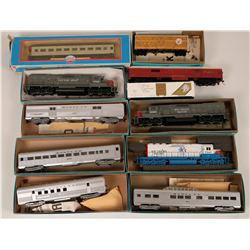 Model Train: HO Diesel and rolling stock in boxes  (121062)