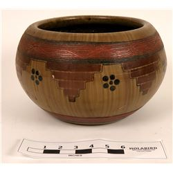 Native American Themed Pot  (121088)
