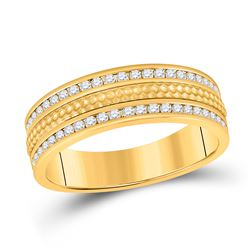 Mens Round Diamond Wedding Hammered Band Ring 1/2 Cttw 14kt Yellow Gold - REF-74N9F