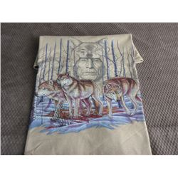 T-Shirt L with Wolves