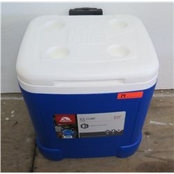 Igloo Ice Cube Square Wheeled 60 Qt Chest Cooler