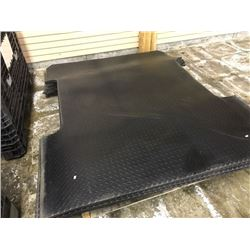 HEAVY DUTY RUBBER FLOOR MAT, SHAPED FOR 6' TRUCK BED