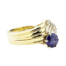 1.54 ctw Sapphire and Diamond Ring - 14KT Yellow Gold