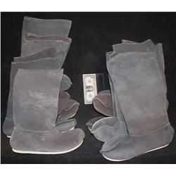 LAST AIRBENDER THE SCREEN USED WARRIOR GRAY LEATHER BOOTS LOT OF 12