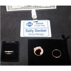 THE WAR WITH GRANDPA SCREEN MATCHED SALLY DECKER BADGE AND RINGS UMA THURMAN