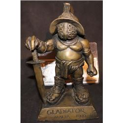 GLADIATOR STATUE VERY RARE MAIN CAST AND PRODUCER GIFT