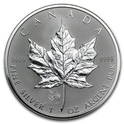 Scarce - .9999 Fine Silver Maple Round. 2005  with Rooster Privy. Royal Canadian Mint  Collection Bu