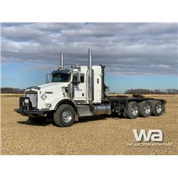 2007 KENWORTH T800 TRI-DRIVE TEXAS BED TRUCK