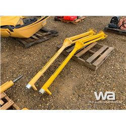 (2) TRIMBLE MOTOR GRADER MASTS