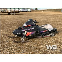 1996 YAMAHA VMAX 4-750 SNOWMOBILE