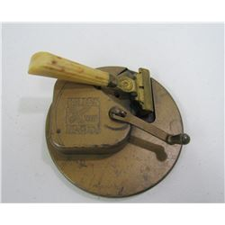 Kriss Kross Antique Razor Sharpener & RAZOR