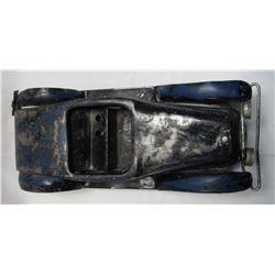 VINTAGE KINGSBURY WIND UP TOY CAR